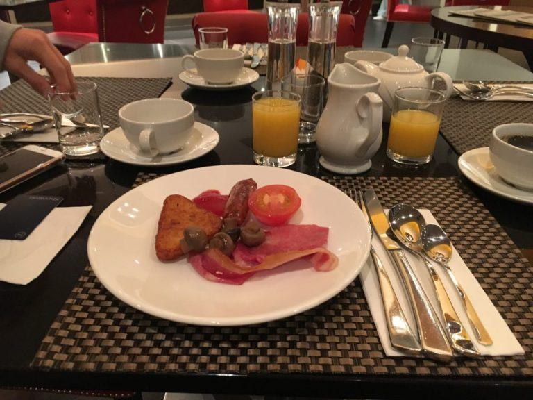 Breakfast at Sheraton Skyline