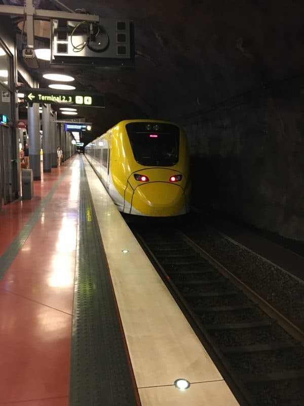 Train arriving on Arlanda Express platform