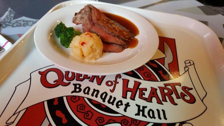 Tokyo Disneyland food Queen of hearts steak