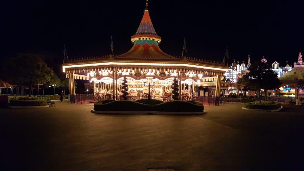 Tokyo Disneyland rides & attractions Carousel at night