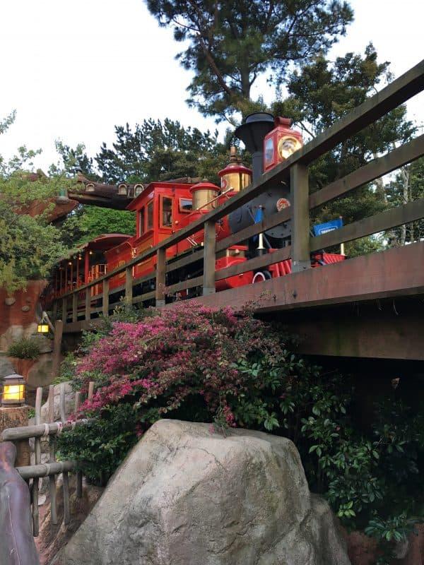 Tokyo Disneyland rides & attractions western river railroad