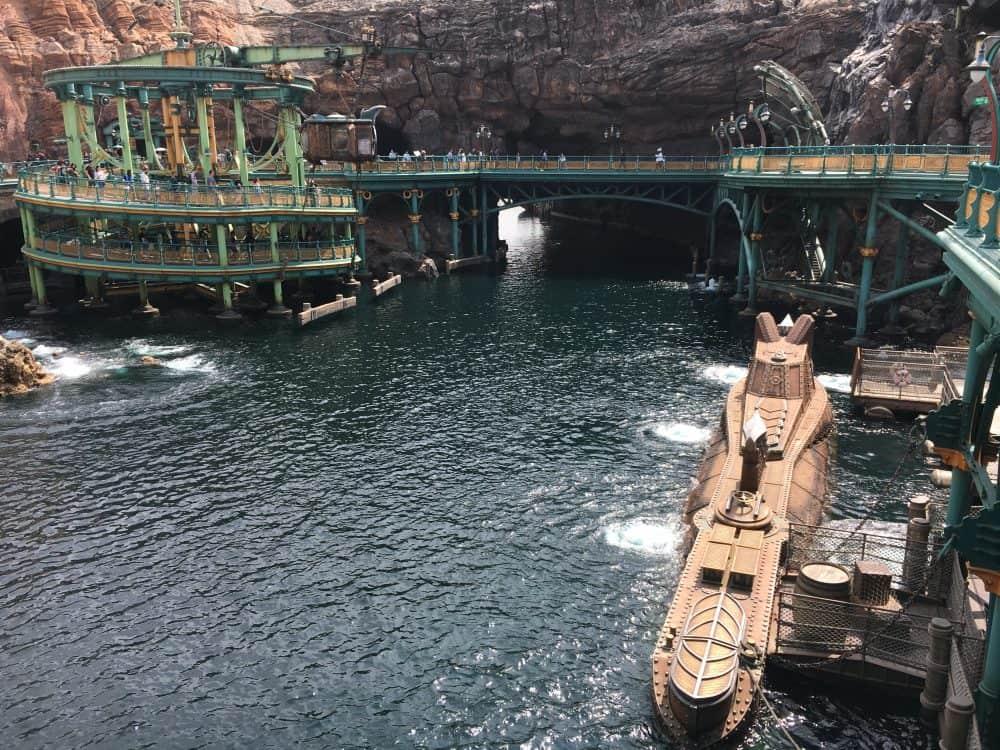20000 leagues under the sea Tokyo Disneysea rides & attractions