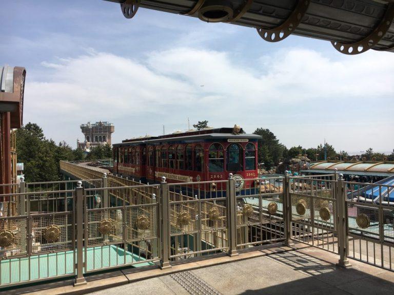 DisbeySea Electric Railway Tokyo Disneysea rides & attractions