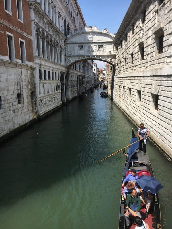 Things to do in Venice Bridge of sighs