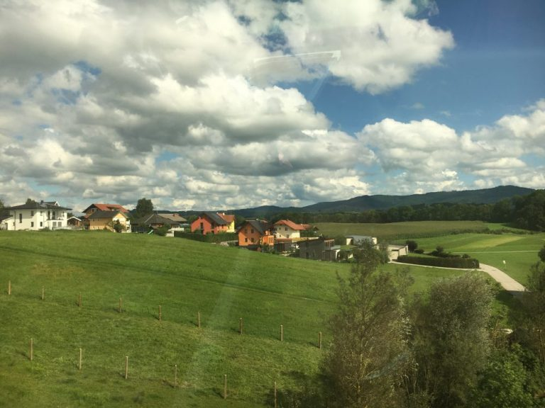 Train from Vienna to Salzburg