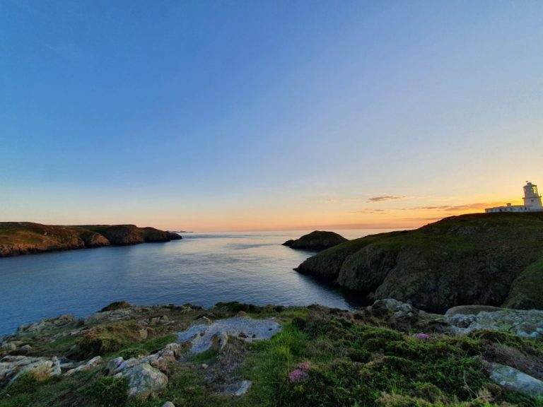 Carreg Onnen Bay