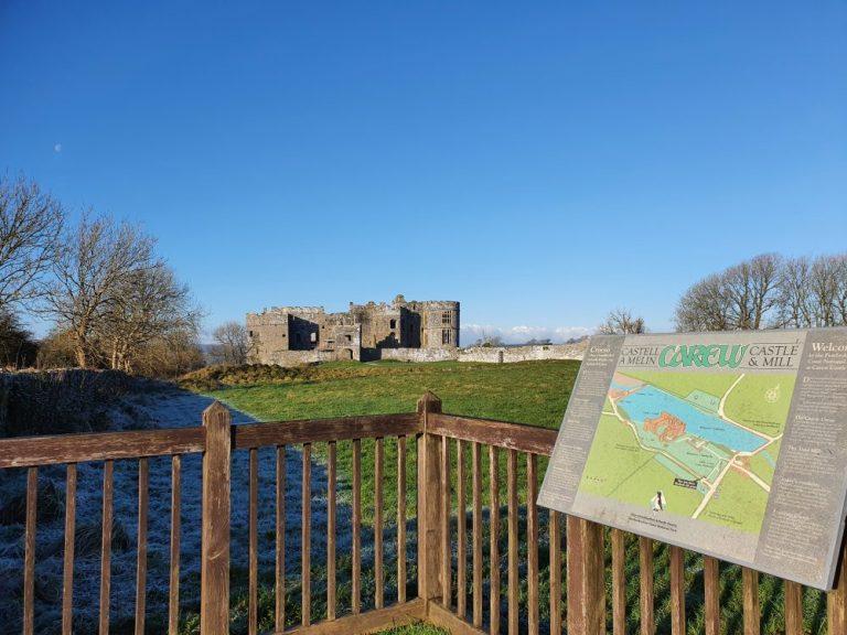 Carew Castle circular walk map