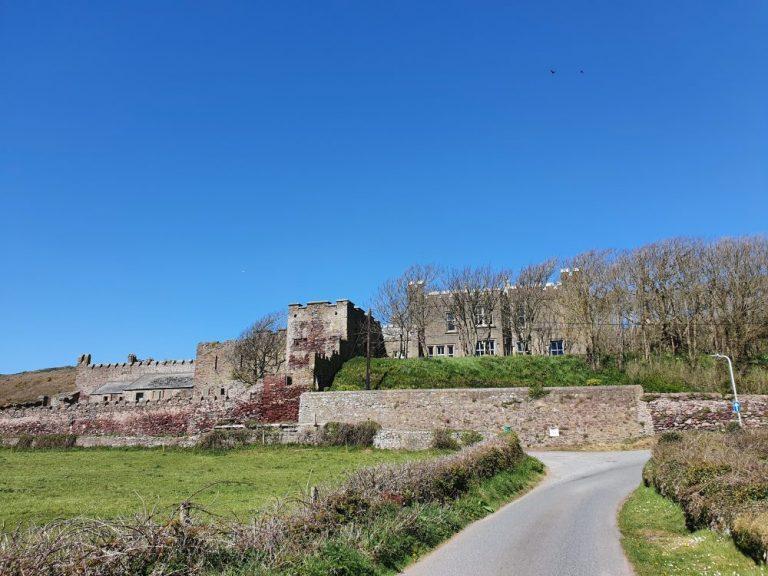 Castle on Dale Circular walk